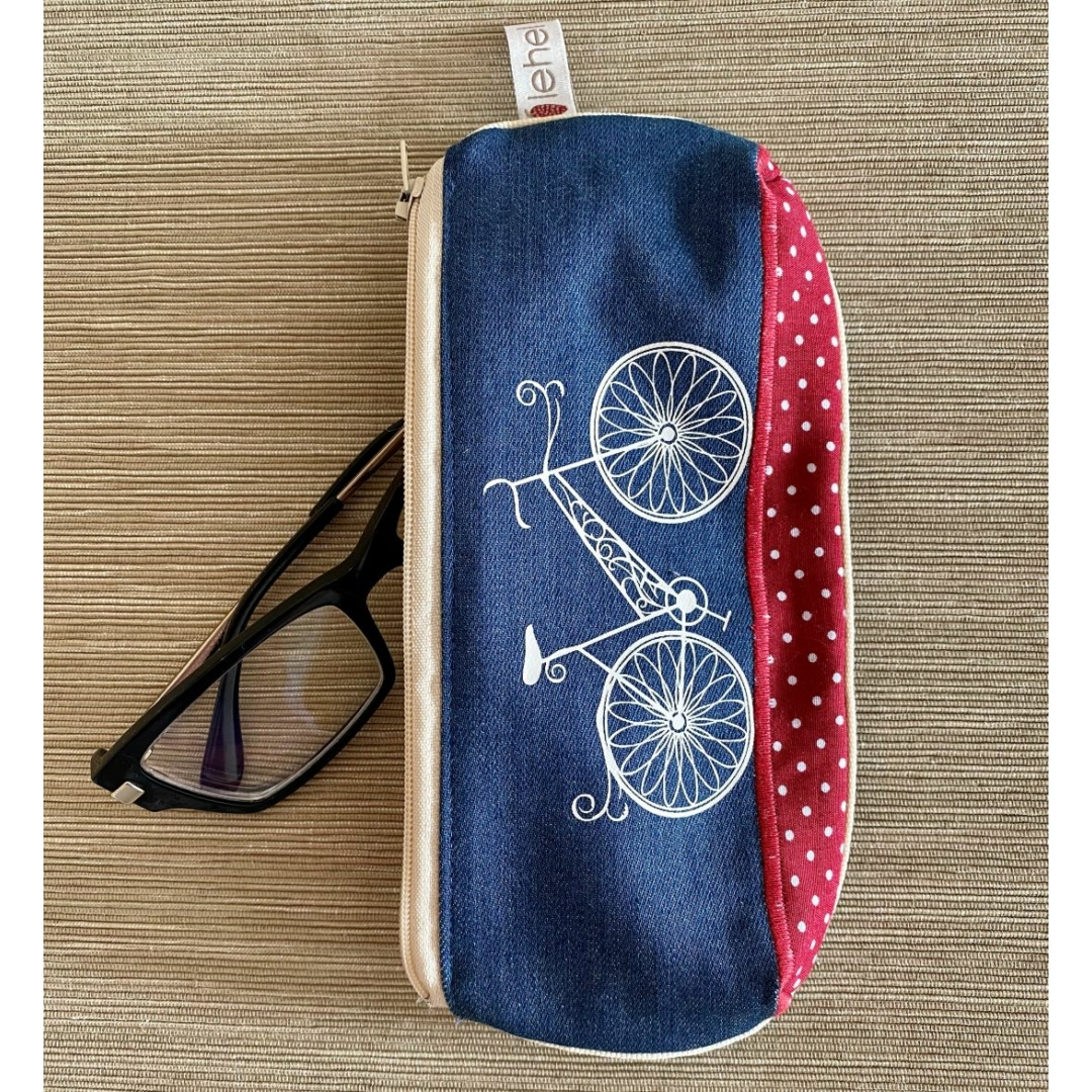 Biciklis szemüvegtok