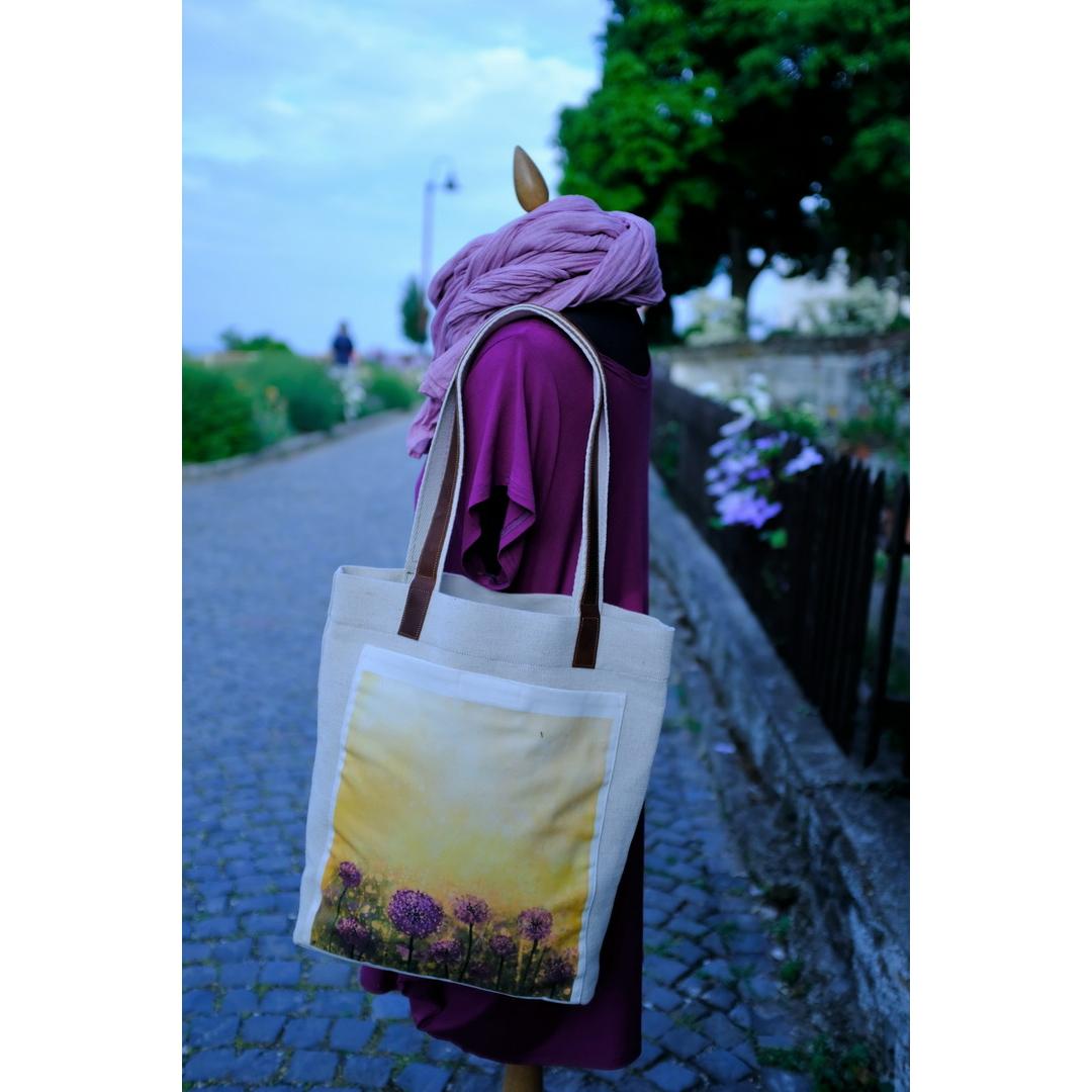 Lila virágos táska